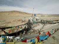 青藏铁路从这里穿越昆仑山口